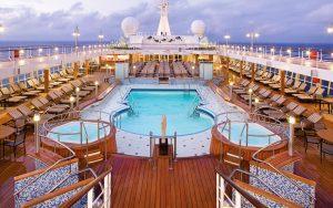 croisiere-regent-seven-seas-pool-deck